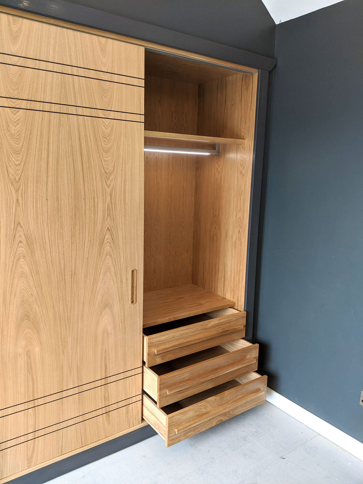 Sliding Door Fitted Wardrobes